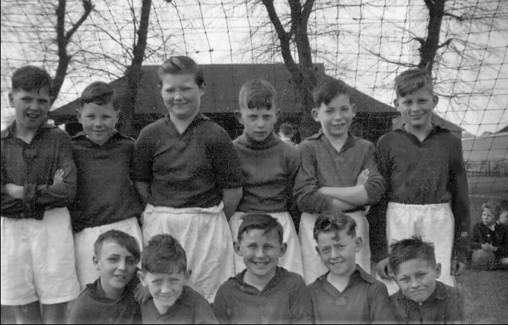 portsdown junior boys, under-11year old football team 1955.jpg